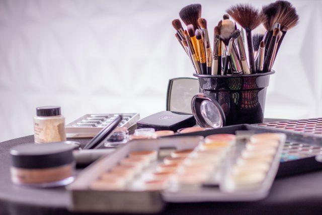 Kavai – czyli, co warto wiedzieć o profesjonalnych akcesoriach do makijażu?